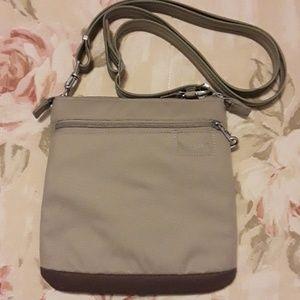 NWOT Pacsafe Citysafe LS50 Crossbody bag